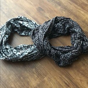 Set of 2 Infinity Scarves